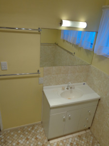Old Bathroom 2